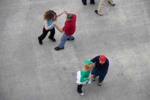 öffentlicher Tanz am Samstag Nachmittag an der Strandpromenade v