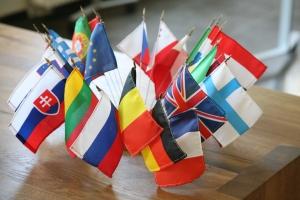 Fahnen der Mitgliedsländer der Europäischen Union (EU)